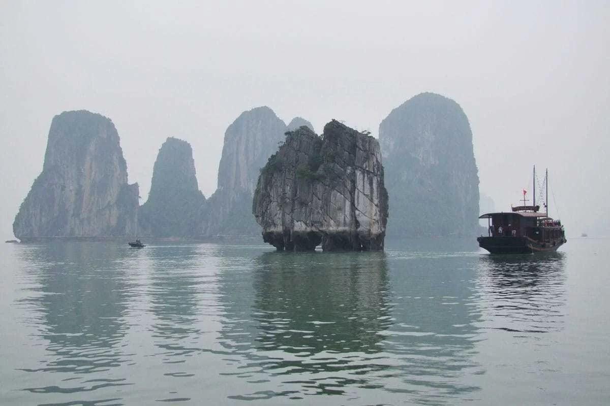 cover halong bay vietnam gallerie photos