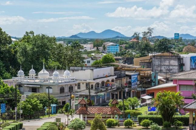vue sur ranong - rattanarangsan palace - thailande