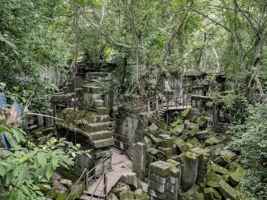 ruines temple beng mealea cambodge