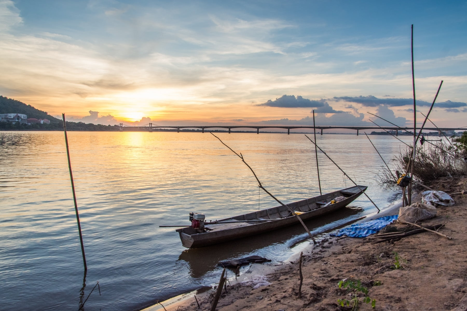 coucher soleil rives mekong pakse laos