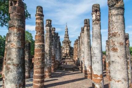 ubosot wat mahathat parc historique sukhothai - thailande