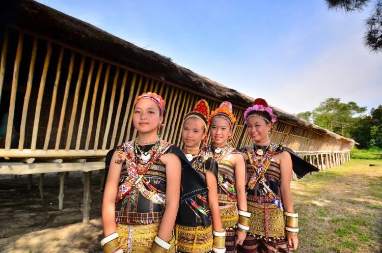 village-rungus-sabah-malaisie