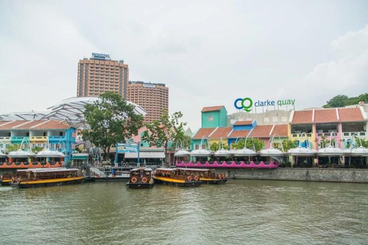 clarke quay en journee singapour