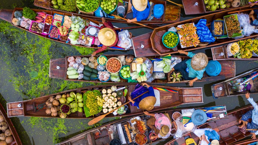 La Thaïlande prépare des mesures pour les voyageurs vaccinés pour le troisième trimestre