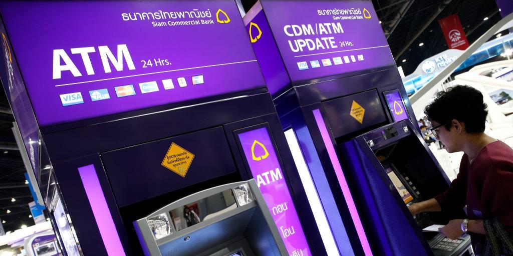 Les banques thaïlandaises relancent prudemment les dividendes après le gel du COVID