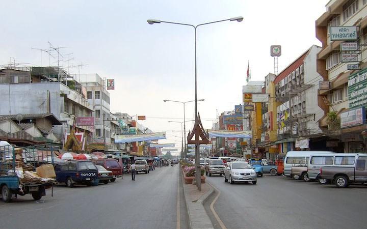 Naresuan-Road in Ayutthaya