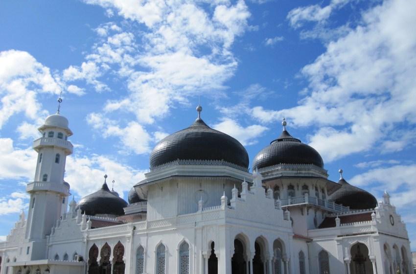Baiturrahman Grand Mosque (Masjid Raya Baiturrahman) in Banda Aceh, Indonesia