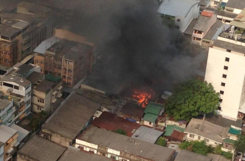 Fire hits worker quarters at Bangkok construction site