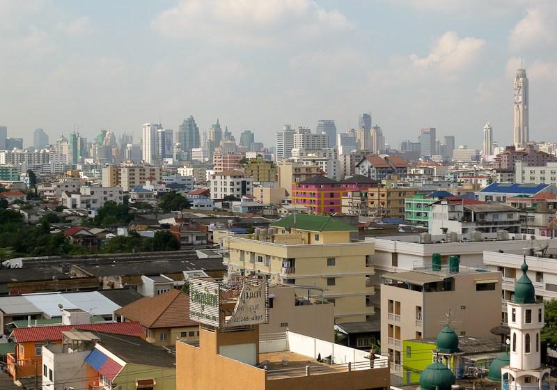 Elderly woman falls to death from Bangkok condominium