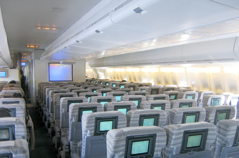 Boeing 747-400 Economy class cabin