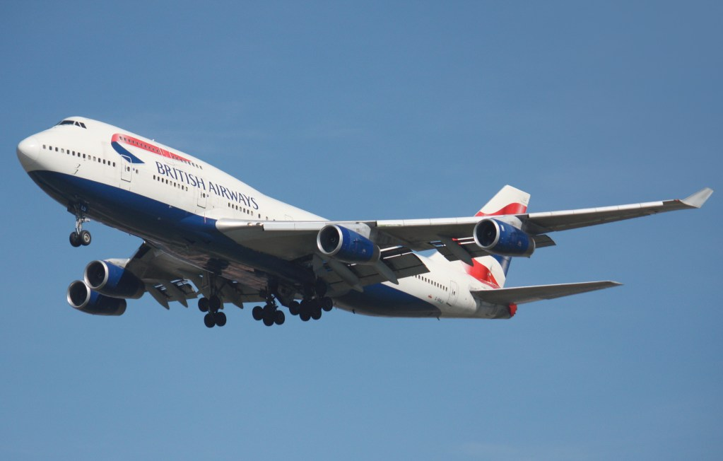 British Airways Boeing 747-400 after take off