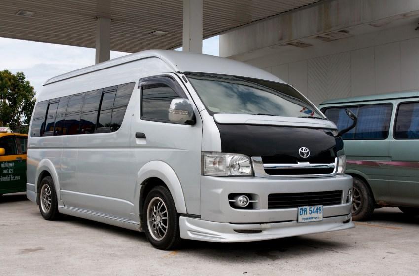 Toyota Ventury Majesty Commuter in Thailand