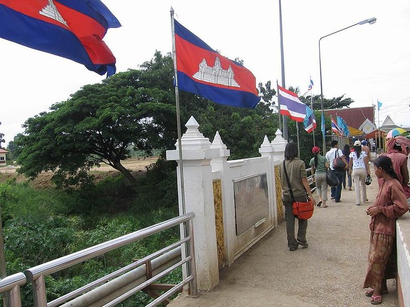 Thai-Cambodian border, Poipet bridge