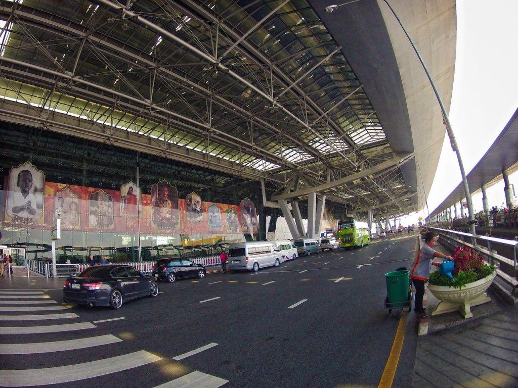 Vehicles at Bangkok Suvarnabhumi Airport Terminal Building Departures Level