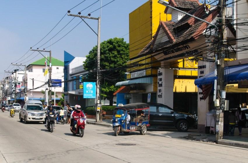 Road in Chiang Rai city