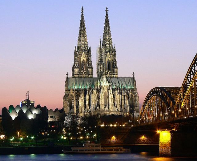 Large Muslim mobs sexually harass scores of young women on New Years Eve in Cologne, Germany