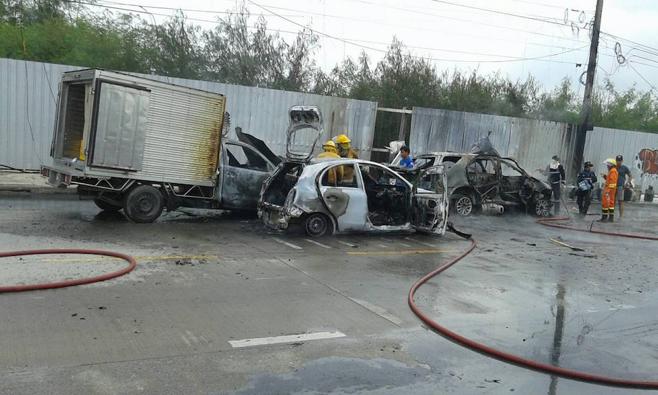 Gas canisters explosions on Pathum Thani road