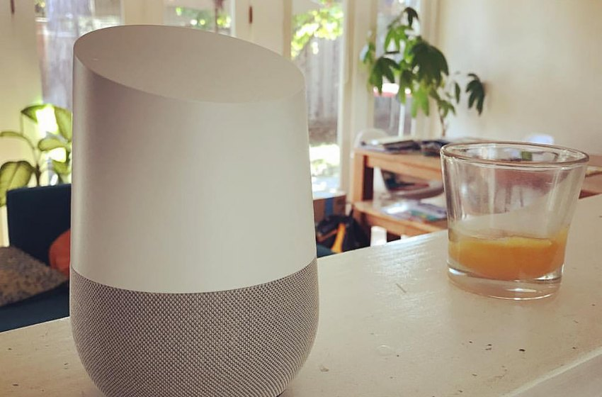 """Google Home: a $129 speaker that plays advertisements when you ask it for a """"daily briefing"""""""