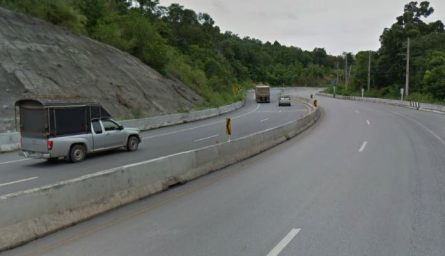 Driver killed in Udon Thani crash at 170km per hour