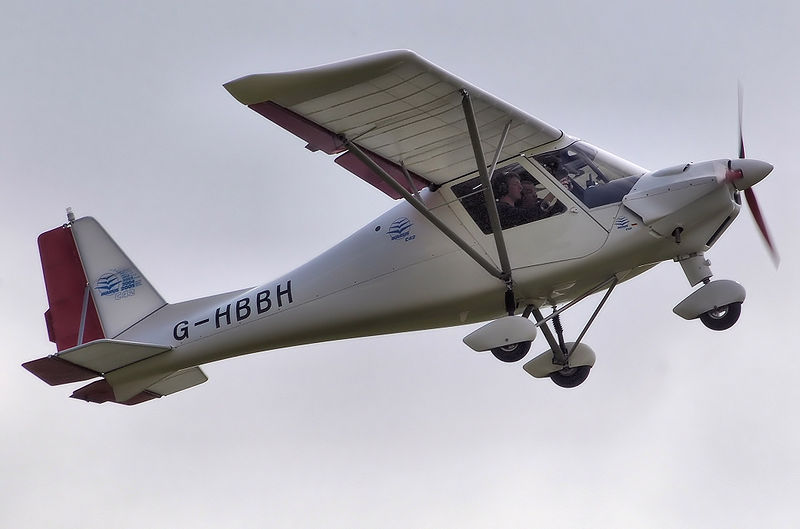 Ikarus C42 FB100 airplane
