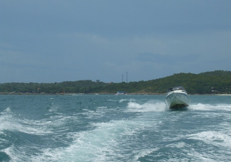 Phuket tour boat hits mooring, sinks in Chalong Bay, all safe