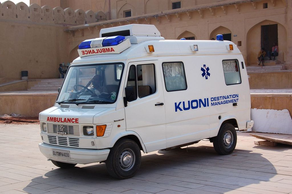 Kuoni ambulance at the Amer Fort in Rajasthan, India