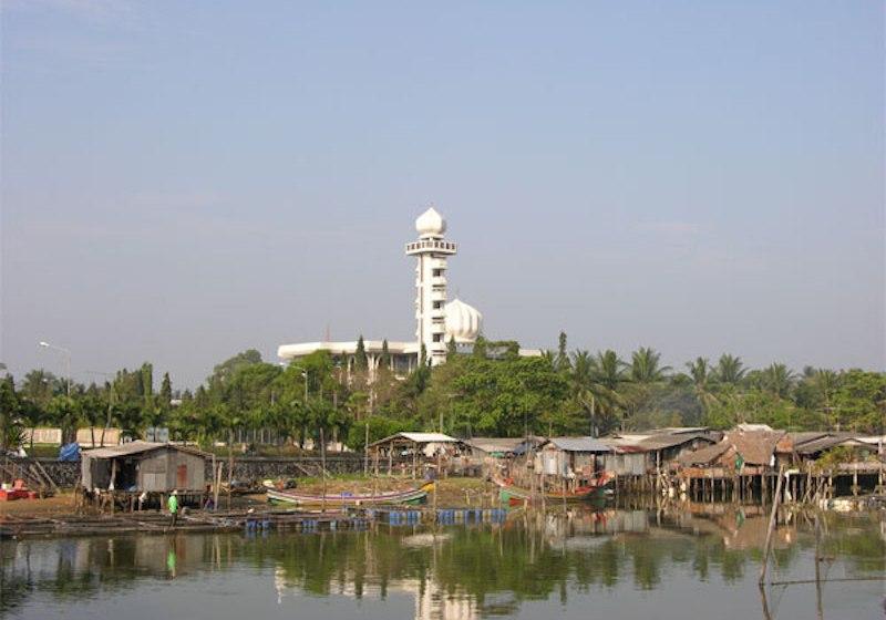 Masjid Narathiwat Central Mosque