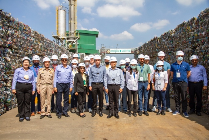 Indorama Ventures Welcomes Ministry of Natural Resources and Environment in Nakhon Pathom