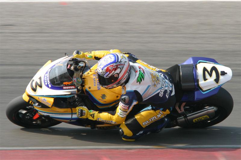 Max Biaggi riding his Alstare Suzuki GSX-R1000 K7 at Assen