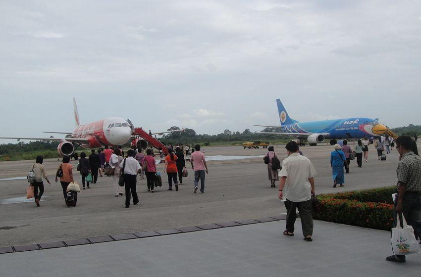 Nakhon Si Thammarat airport closes after runway submerged