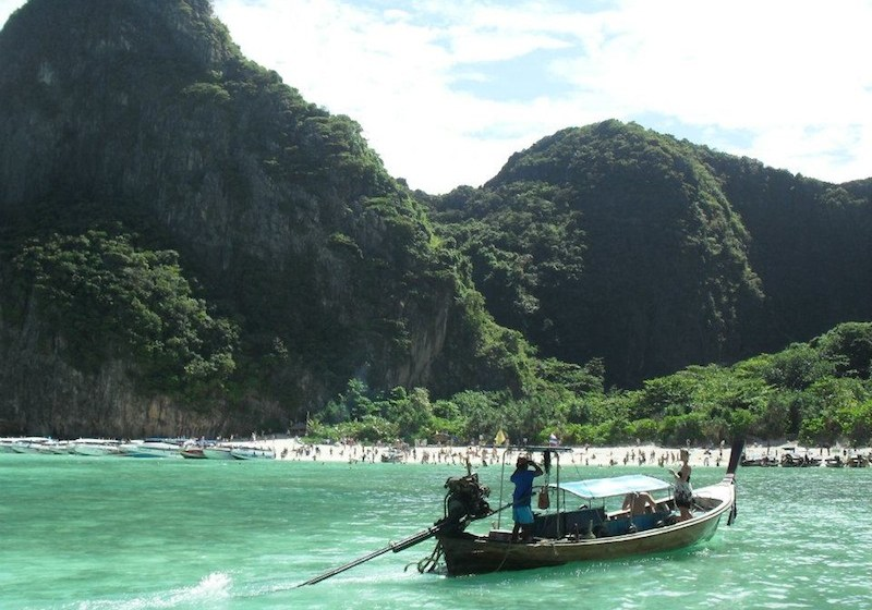 Mysterious tourist death on Phi Phi