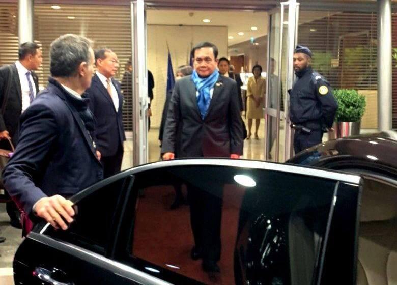 Gen Prayut Chan-o-cha with world leaders at the G20 Osaka summit