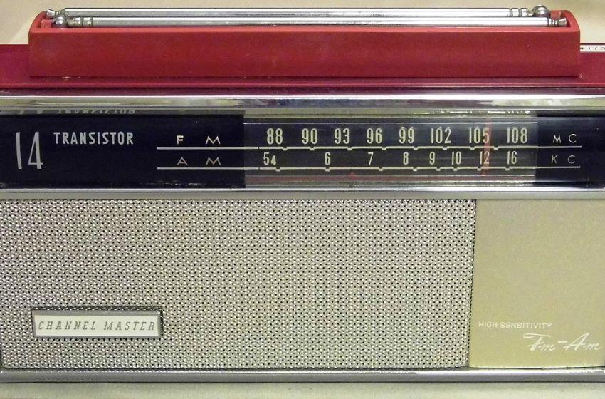Channel Master 14-Transistor Two-Band (AM-FM) Radio