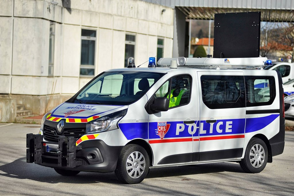 Renault Trafic from French riot units