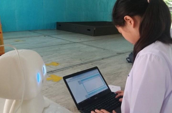 Robot Teaching Assistant at Chulalongkorn University