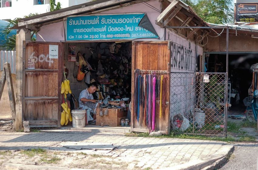 Shoemaker at work in Rayong
