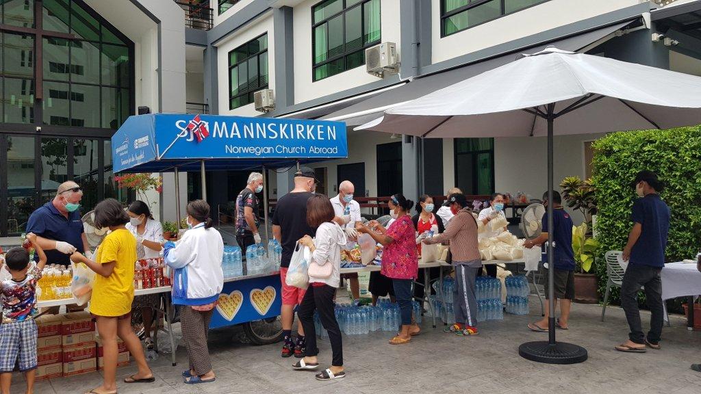 Sjømannskirken Norwegian Church. in Pattaya providing for the needy during the coronavirus outbreak
