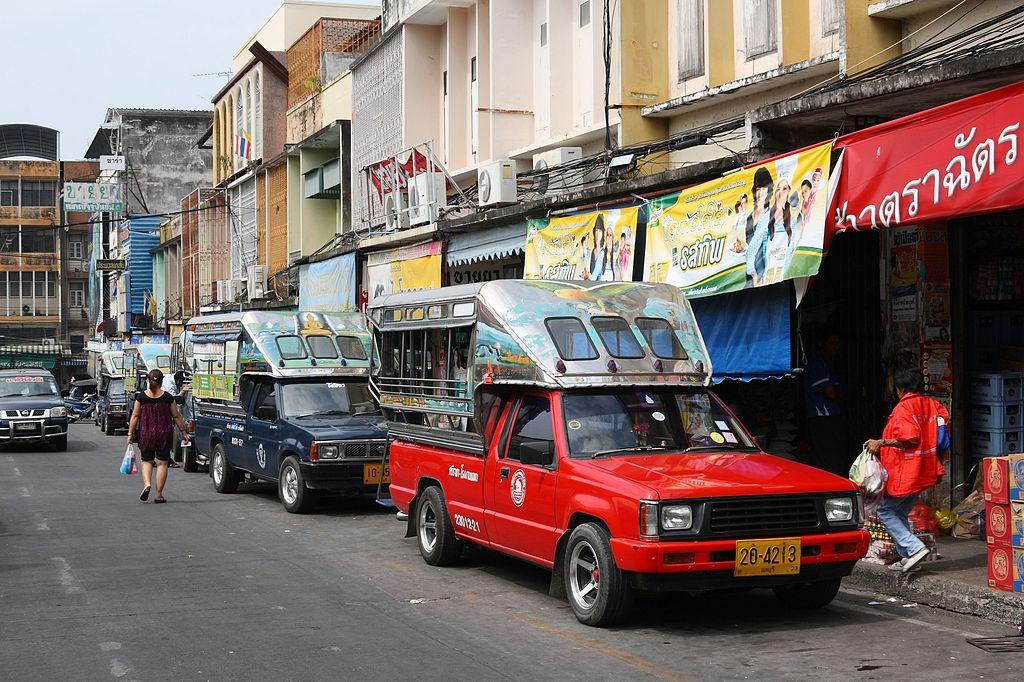 Songthaews in Sri Racha