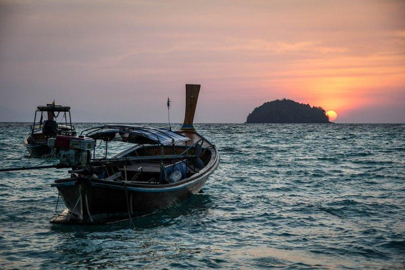 Sunrise in Koh Lipe beach