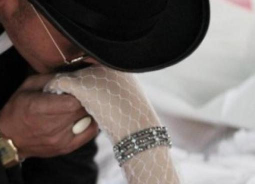 Man from Surin, Thailand marries his dead girlfriend
