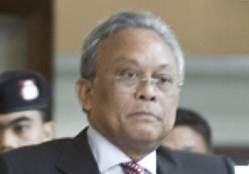 Ex Thai Deputy PM Suthep testifies to police on Red Shirt crackdown