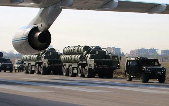 "Unloading of anti-aircraft missile systems S-300 (air base ""Hmeymim"" Syrian Arab Republic)"