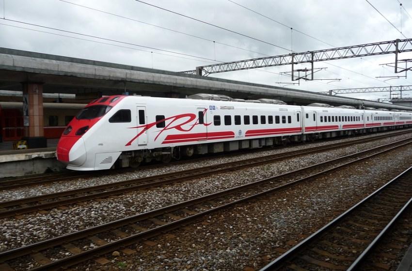 22 killed in Taiwan train derailment