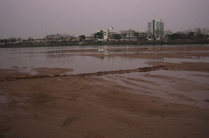 Tak and the Ping River