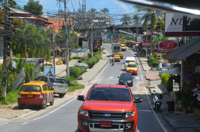 Thailand should recognise tourists' driver's licences, says poll