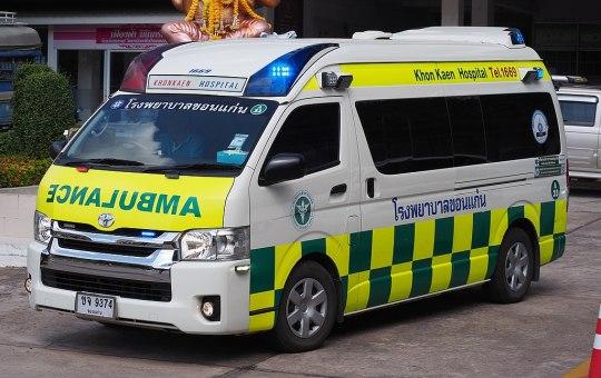 Toyota Commuter 3.0 ambulance at Khon Kaen Hospital