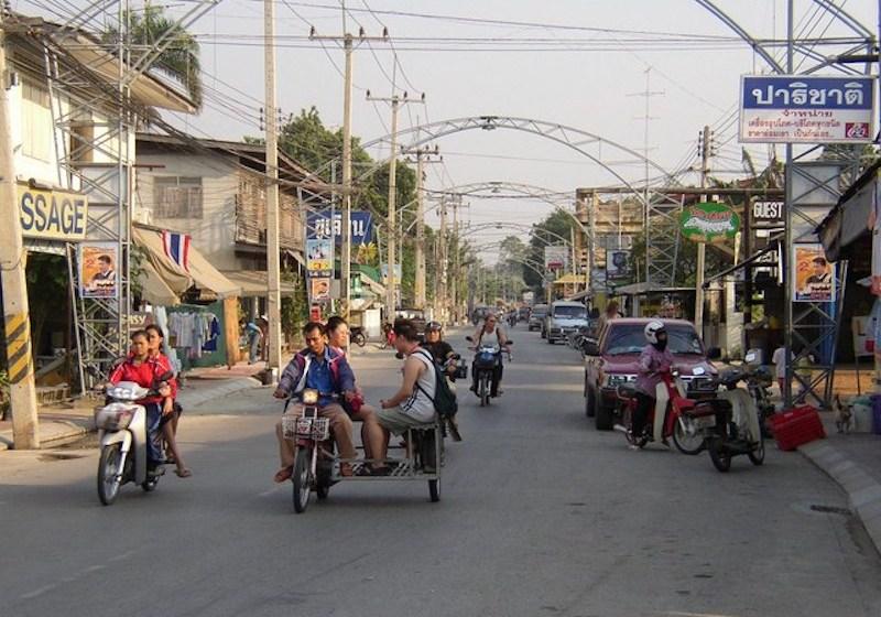 Traffic in Kanchanaburi town