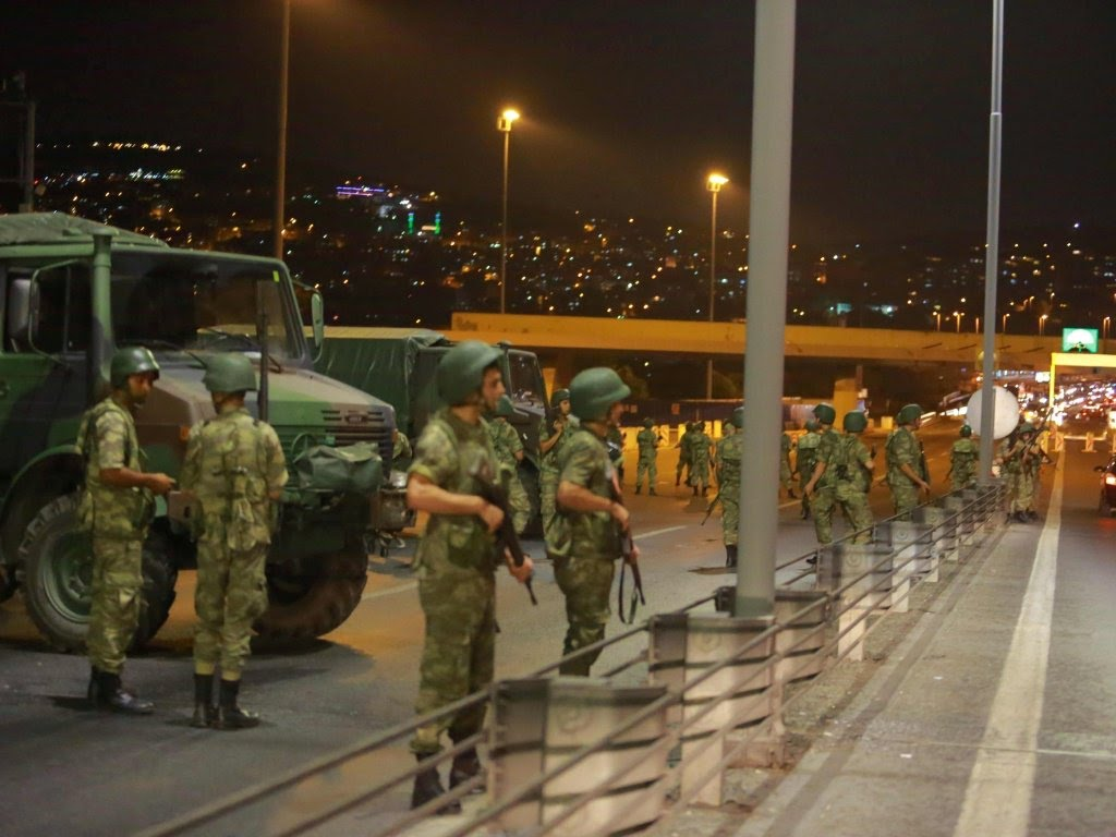 Turkey military coup, Bosphorus bridge