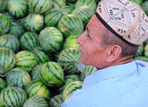 Uygur in the market