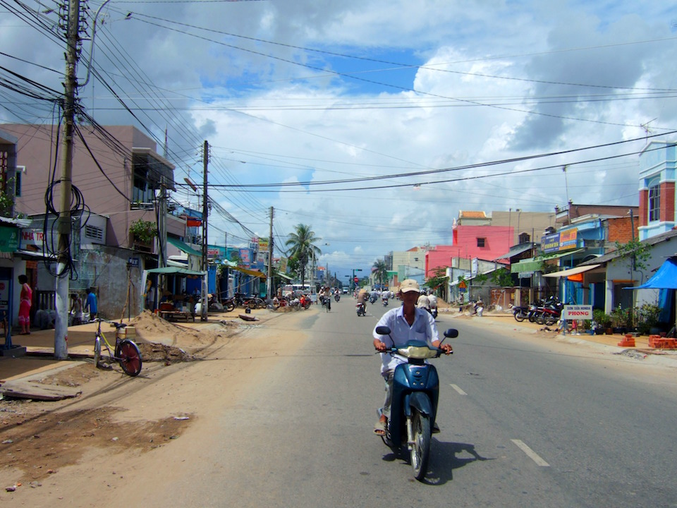 Street in Sóc Trăng, Vietnam